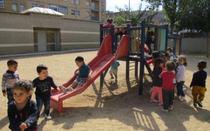 Els primers dies de les nenes i nens de P3 a l'Agustí Bartra