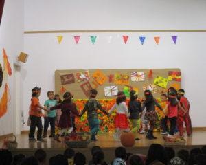Educació Infantil festeja la tardor amb una mostra de danses