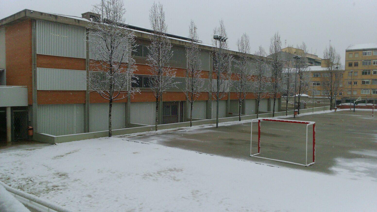 Neu a l'escola!