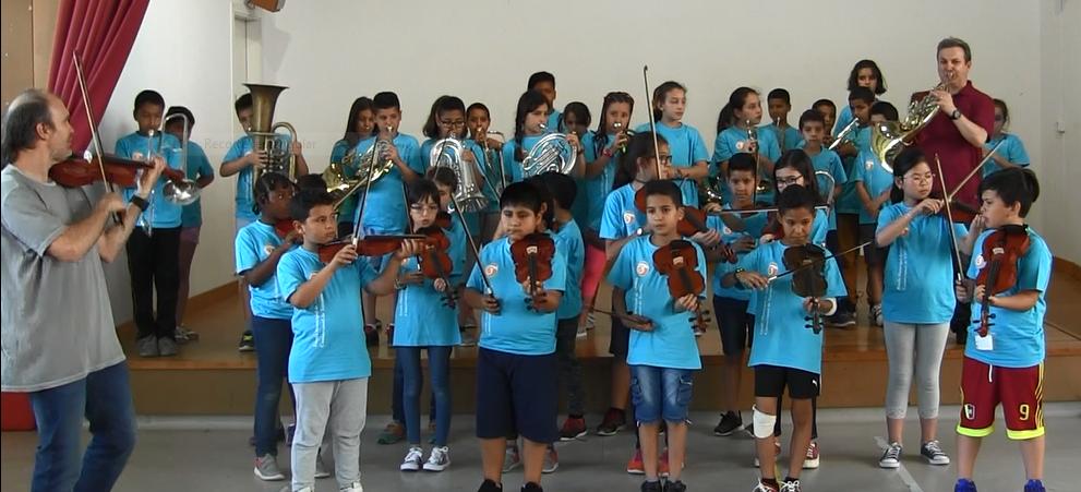 Concert UIUI dels nens de 4t a l'escola